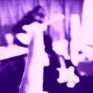 Imagem de 'Velvet Vic And The Bad Vibrations'