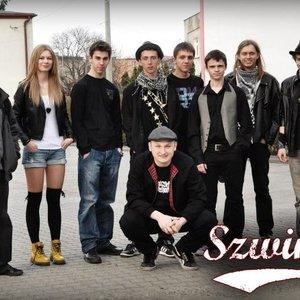 Image for 'szwindel'