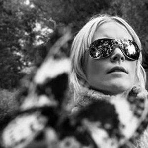 """Karin Dreijer Andersson""的封面"