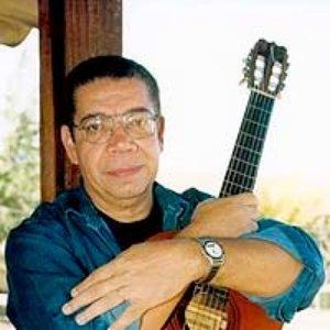 Image for 'Helio Delmiro'