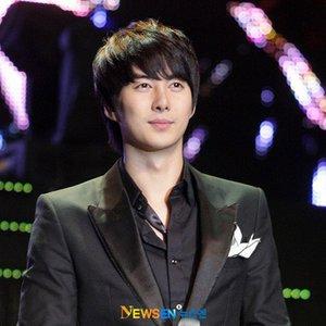 Image pour 'Kim Hyung Jun'