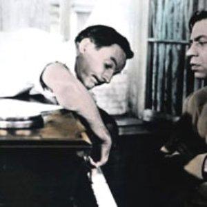 Bild für 'Gene Kelly & Oscar Levant'