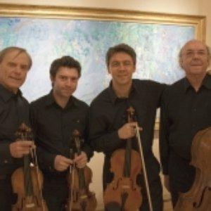Image for 'Quatuor Via Nova, Jean Mouillière, Jean-Pierre Sabouret, Liviu Stanese, Jean-Marie Gamard'
