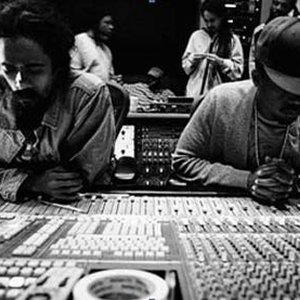 "Image pour 'Nas & Damian ""Jr. Gong"" Marley'"