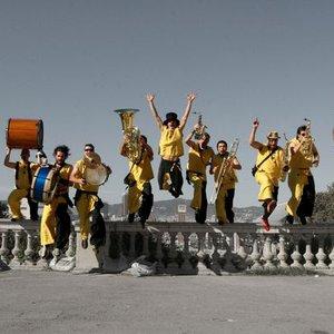 Bild för 'Always Drinking Marching Band'