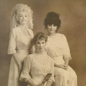 Imagem de 'Dolly Parton, Linda Ronstadt & Emmylou Harris'