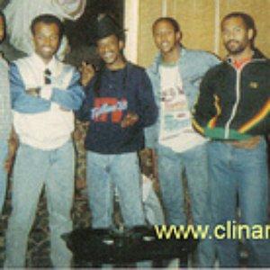 Imagem de 'Clinark with Poor Man Friend (live)'