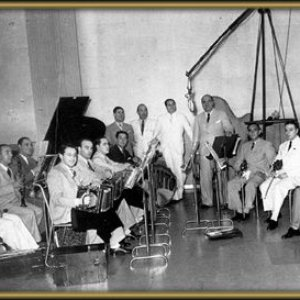 Image for 'Francisco Lomuto y su Orquesta Típica'