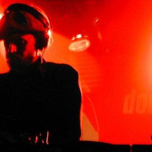 Bild för 'DJ Garth'